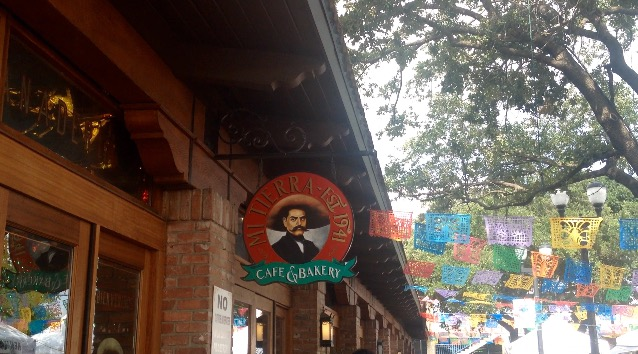 River Walk Restaurants: Entrance to Mi Tierra is in the historic district by the river walk