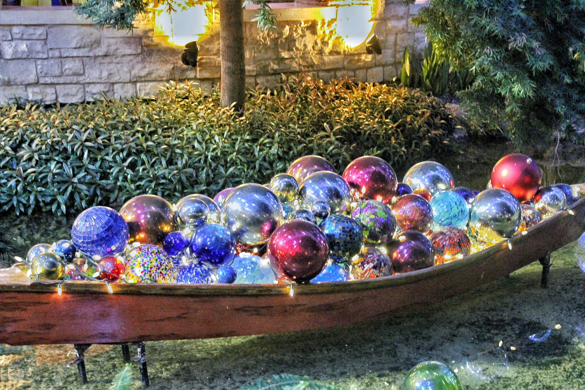 Ornaments and Decor at the Gaylord Texan Resort Hotel & Convention Center