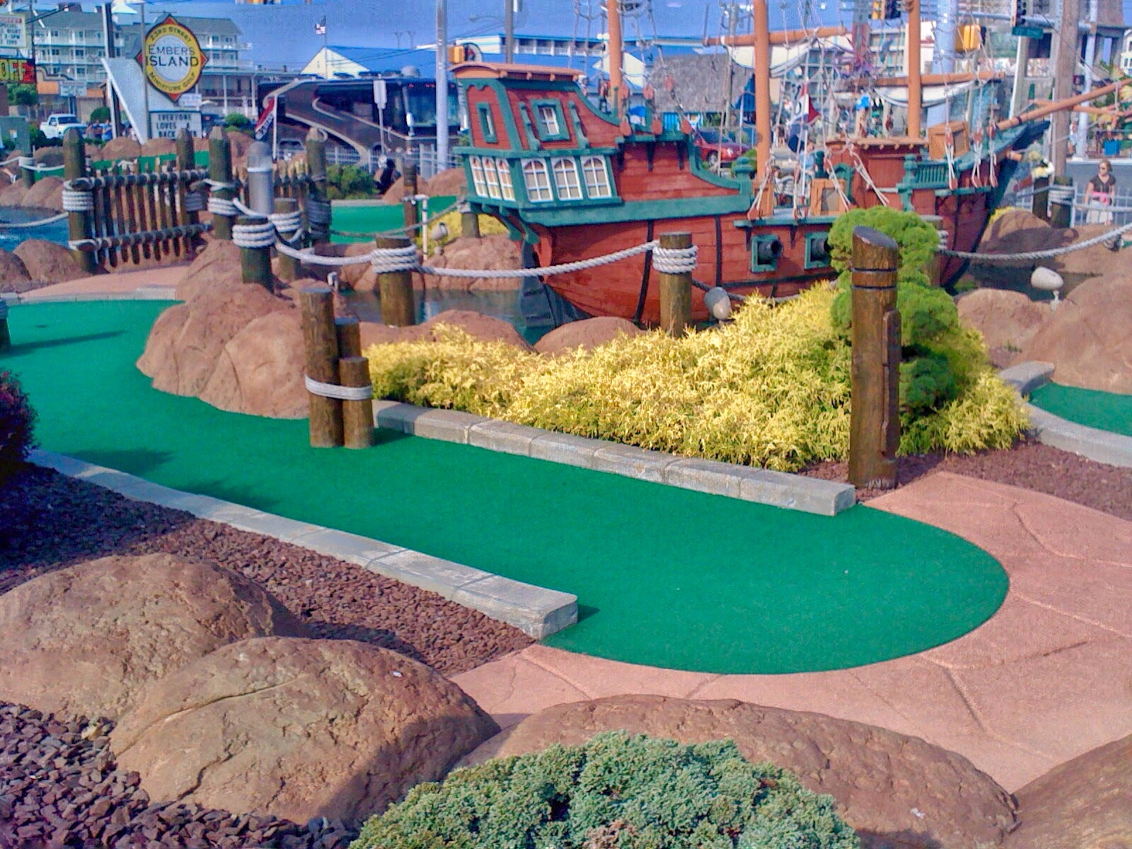Quick Guide to Ocean City: Mini-Golf is a must!