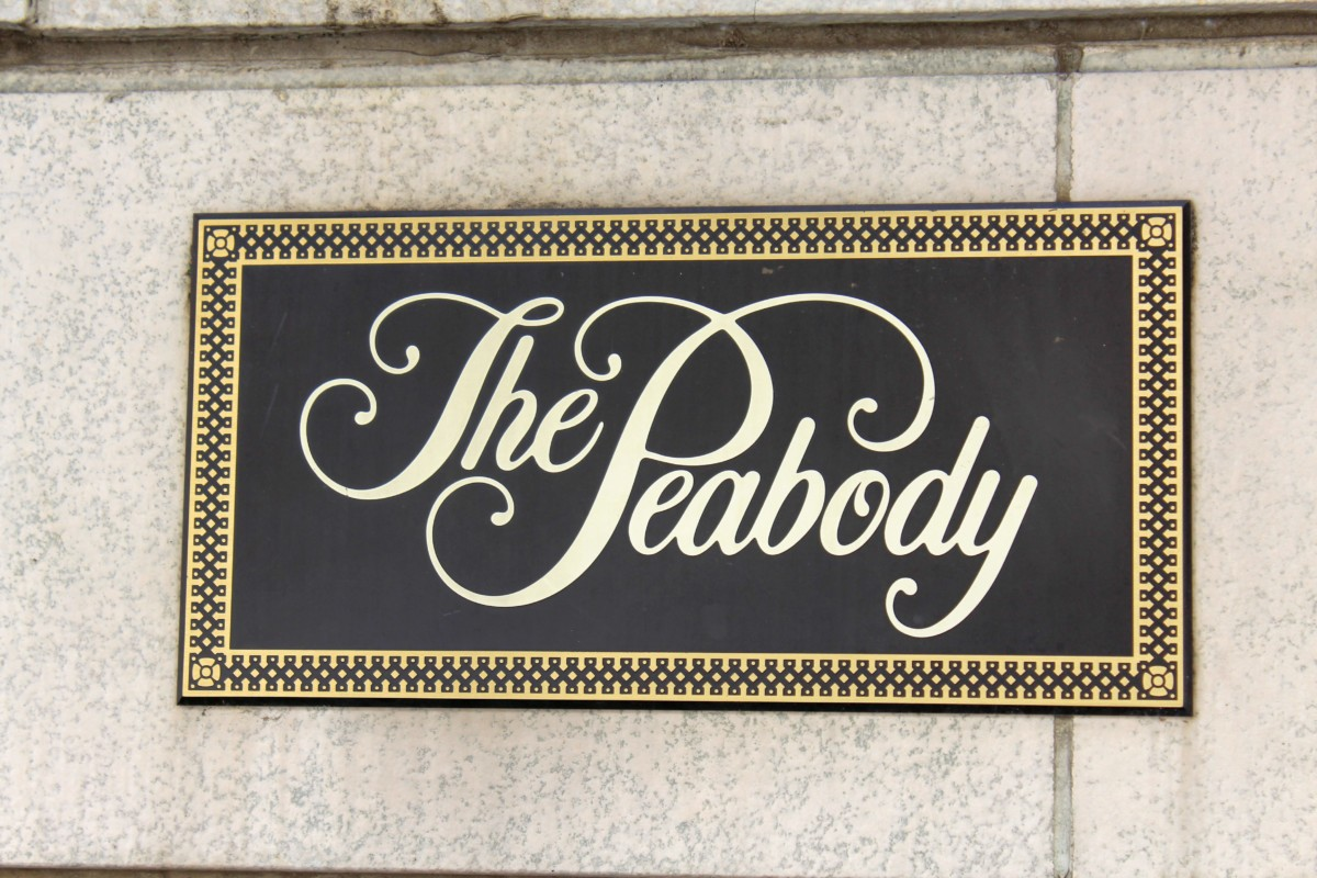 Suite Experience: Peabody Hotel Sign In Front