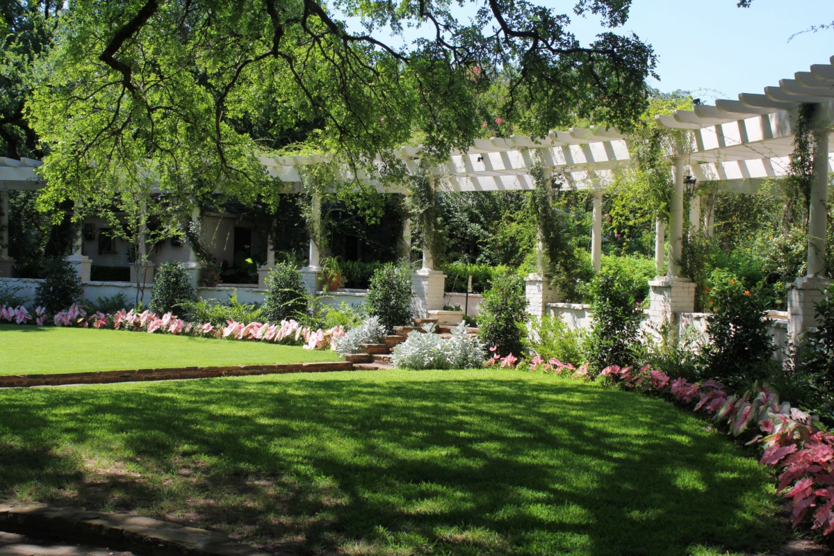 entrance to Chandor Gardens (open lawn in front of Douglas Chandor's Home) - pocket guide to Weatherford