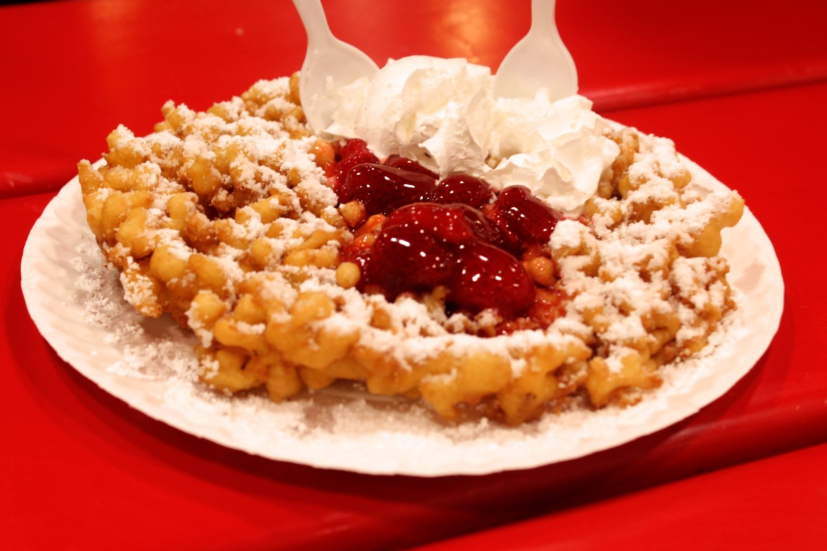 State Fair of Texas: Best Food at the State Fair of Texas Funnel Cake Strawberry Powdered Sugar Topped