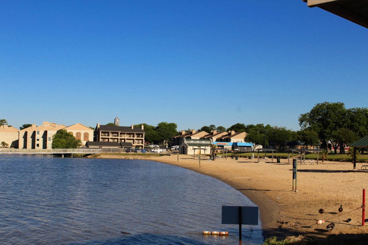 Captivating Guide To Granbury: Granbury City Beach