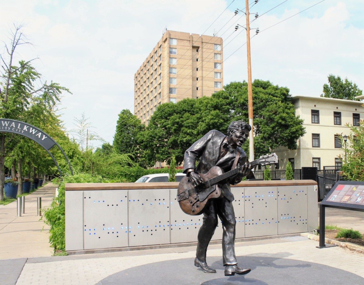 Chuck Berry Statue in DelmarLoop is one of the things to do in St.Louis