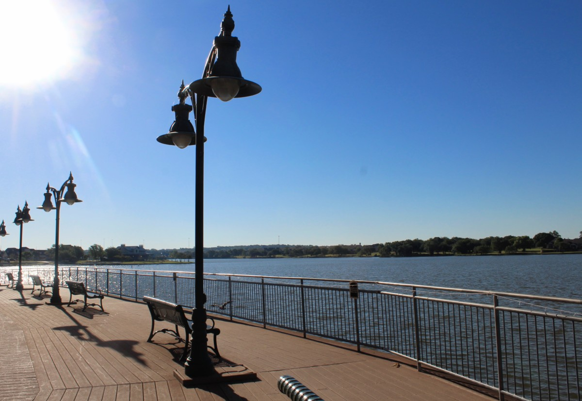Guide to Granbury: Hilton Boardwalk