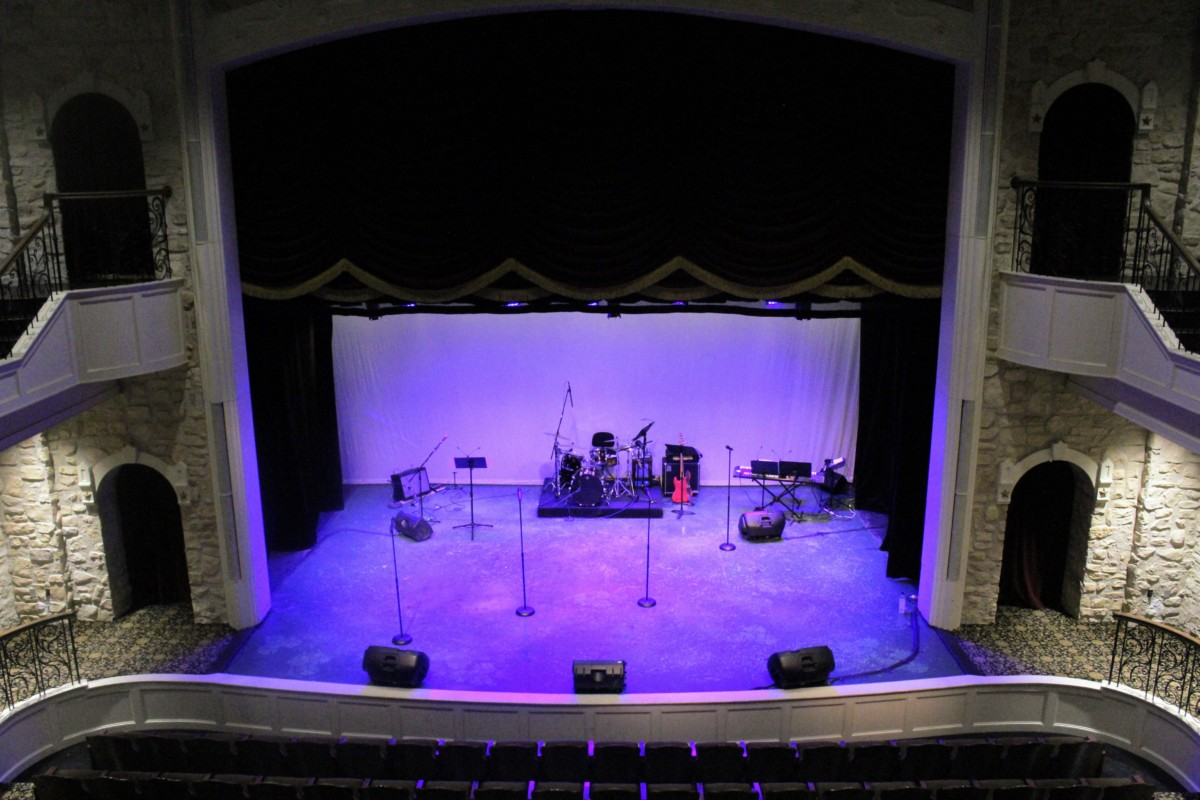 Guide to Granbury: Empty 1886 Opera Theater