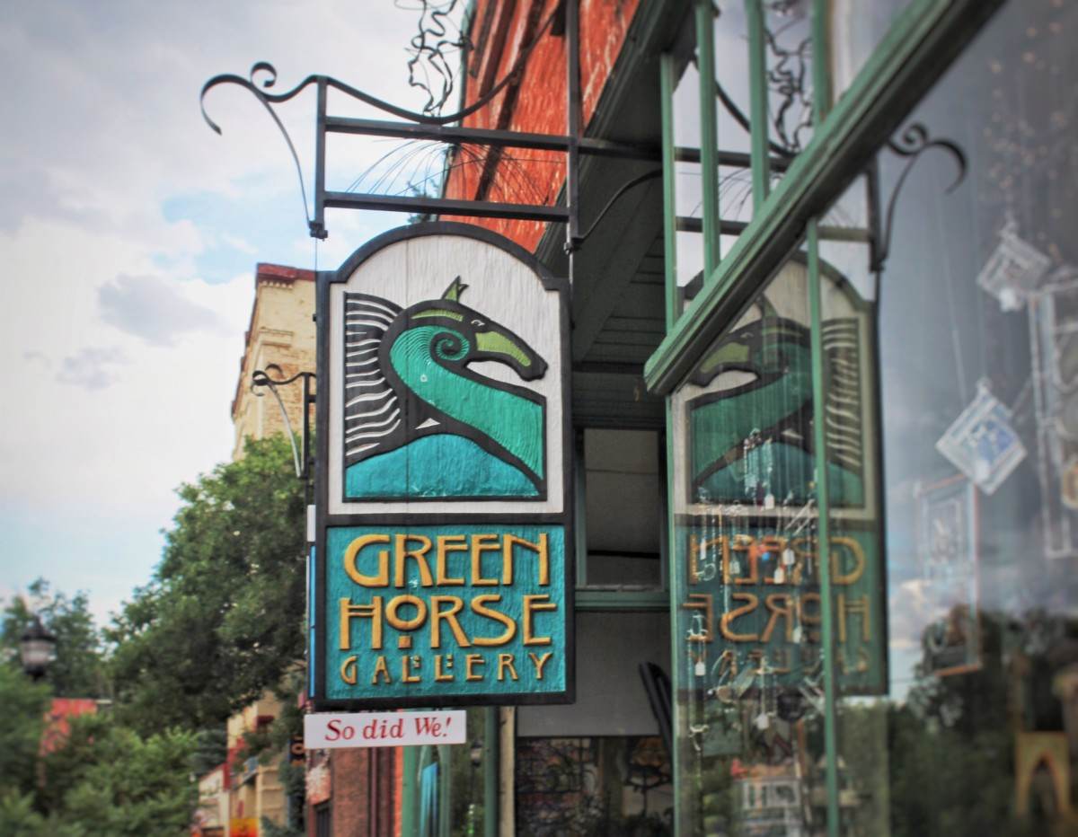 Guide to Manitou Springs in 24 hours: Green Horse Gallery in Manitou Springs