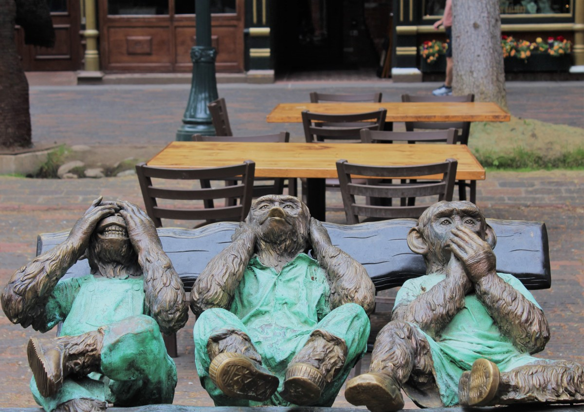 Scouting for a see-no, hear-no, and speak-no evil statue is a must in Aspen. In fact, looking at art is one of the top things to do in Aspen Block.