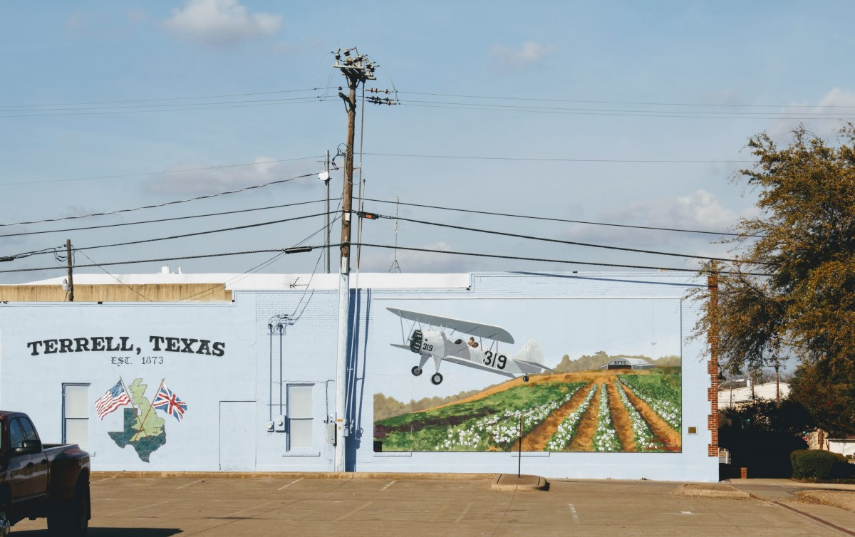 Terrell Texas has many gorgeous murals and you need to see them as one of the things to do in Terrell, Texas