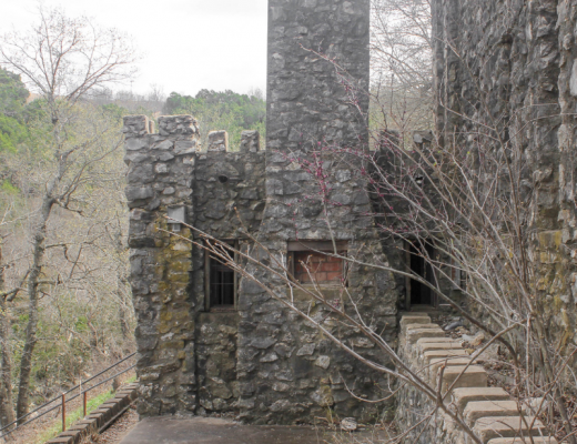 10 Things to do in Turner Falls Featured Image of the castle