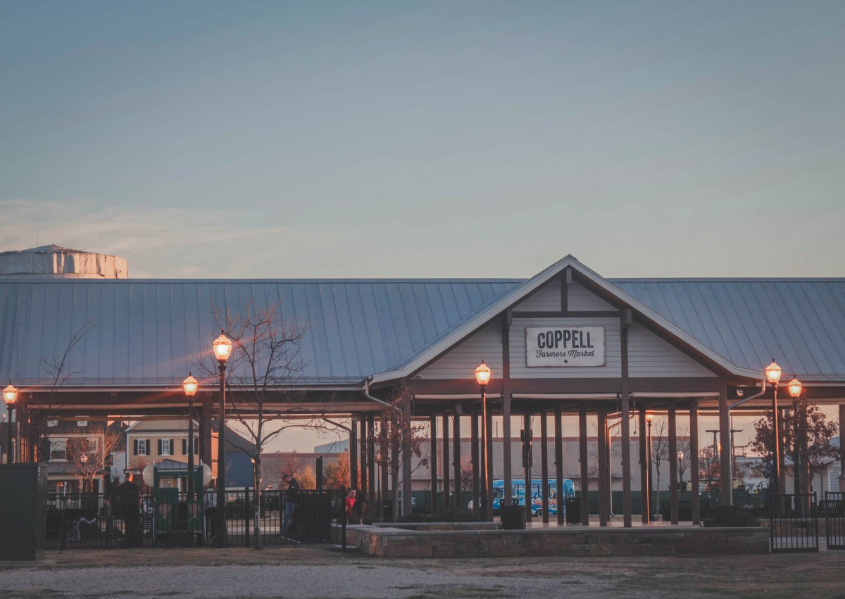 Farmer's Market at sunset in Old Town Coppell (empty building)