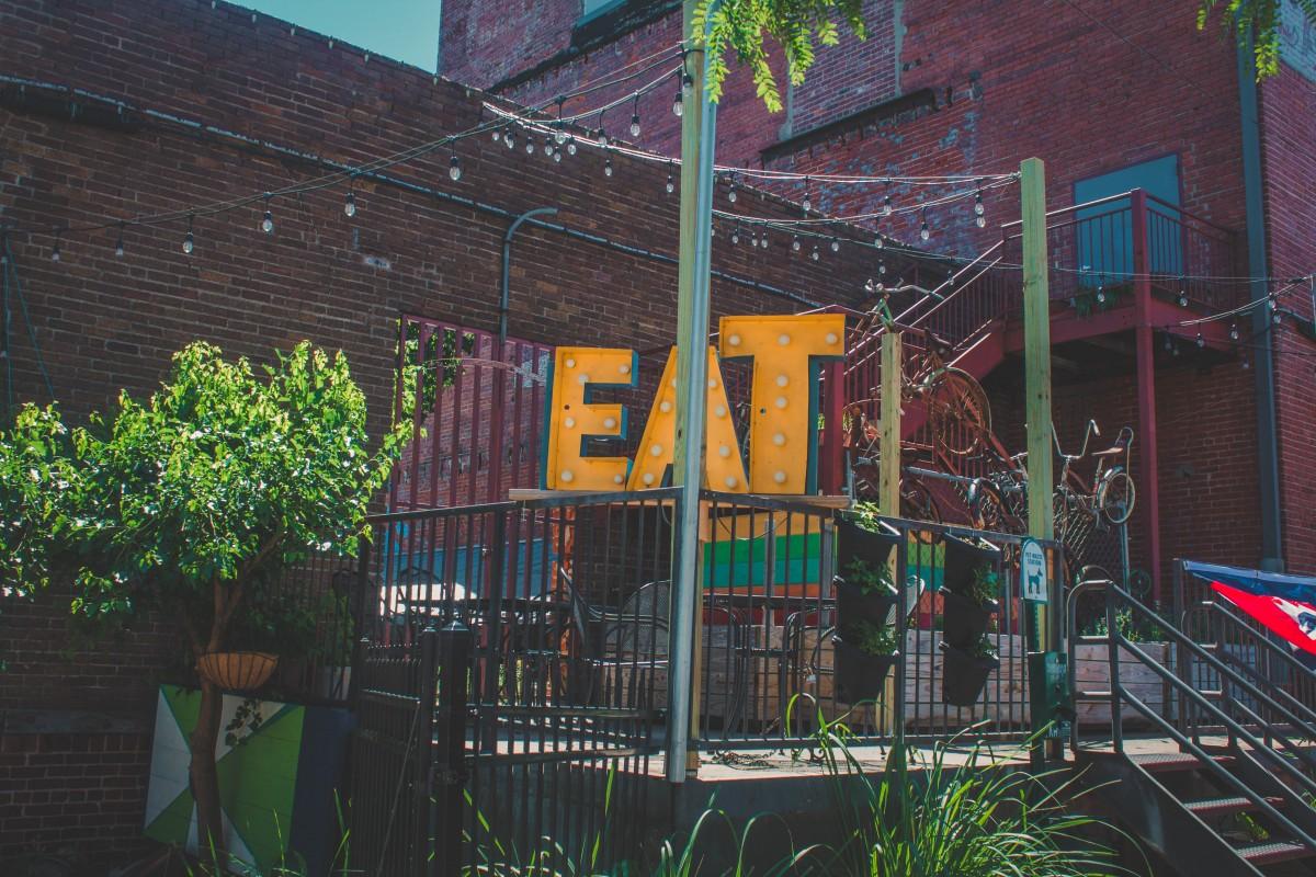 Eatery near the Brickyard in Wichita