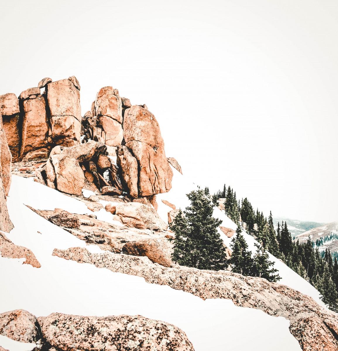 Snowy winter in Pikes Peak