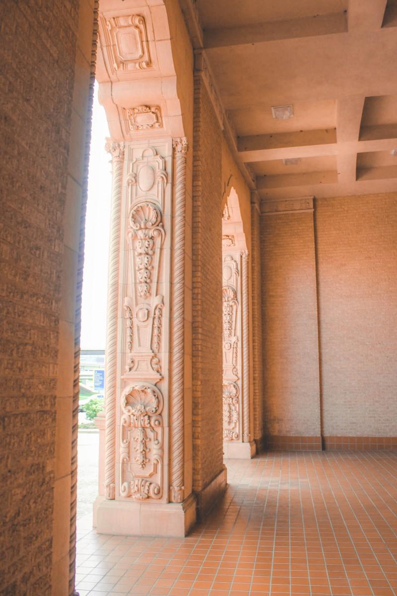 Closer look at the column details at the Wichita Falls Memorial Auditorium