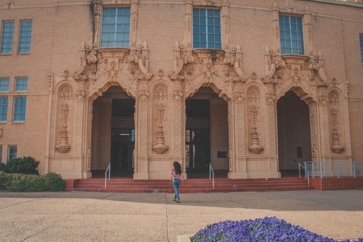 Front facade of the Wichita Falls Memorial Auditorium