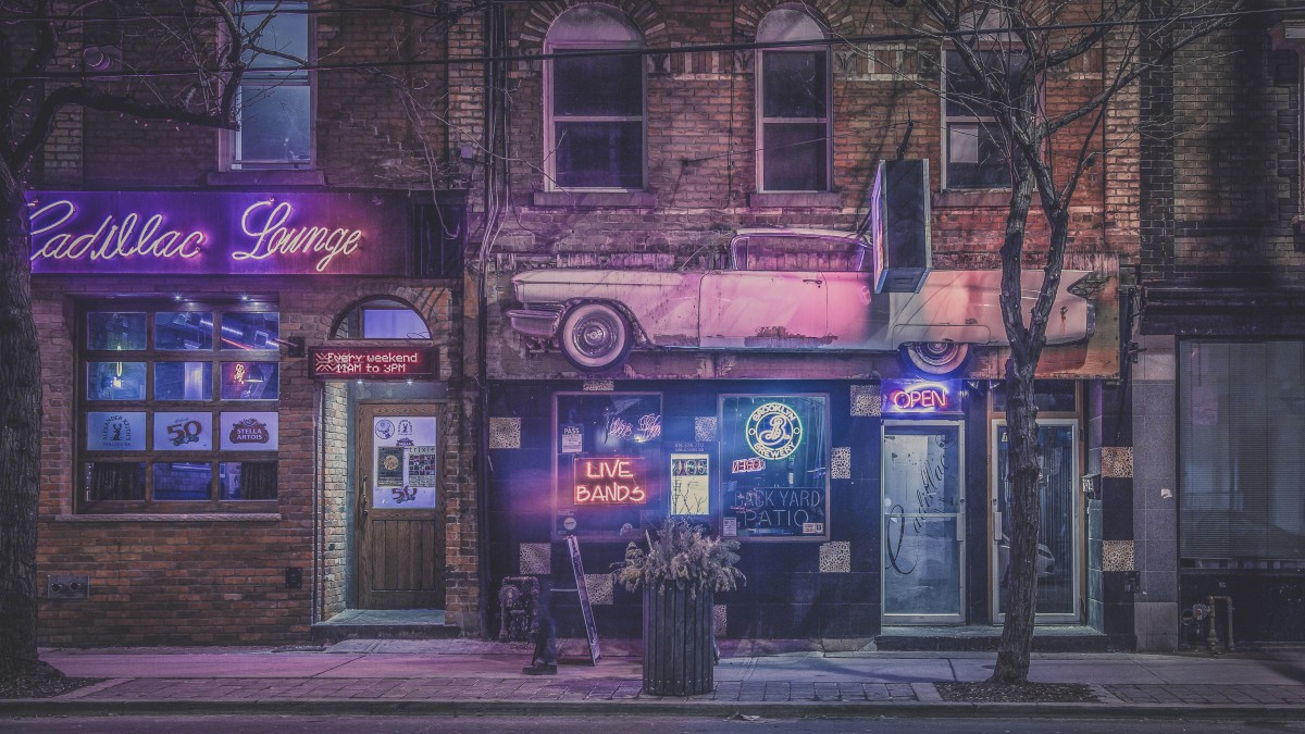 toronto at night. Toronto is one of the best party cities in Canada