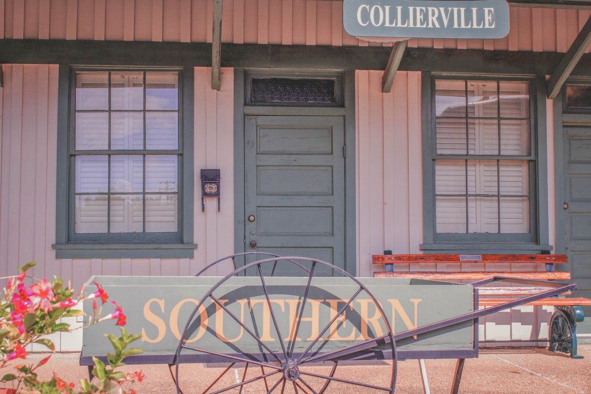 pink visitor's center building in Collierville
