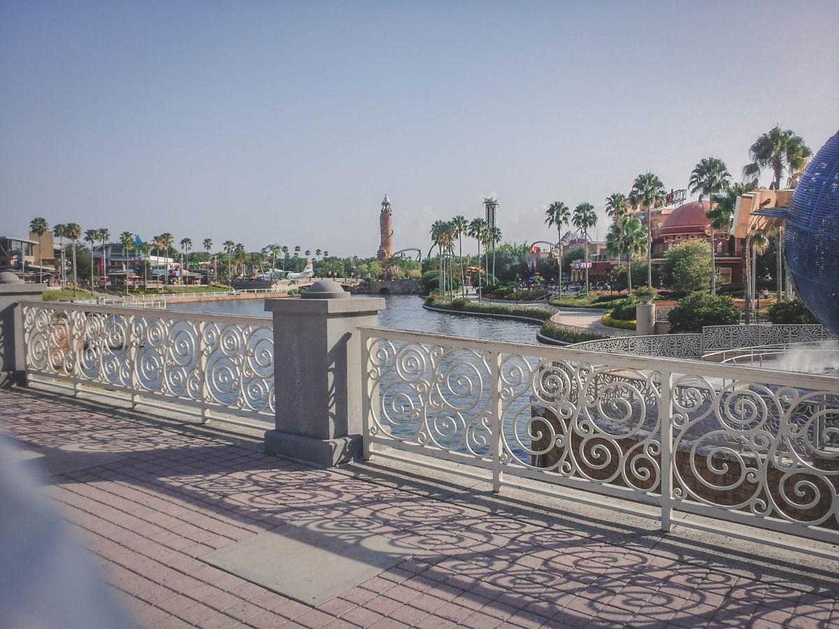 Universal Studios on a budget: offsite versus onsite