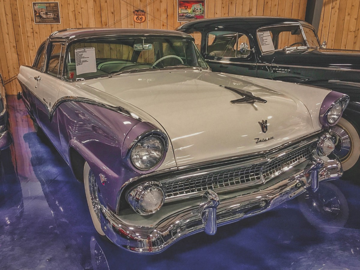 Things To Do In Amarillo, Texas: Falcon purple body car