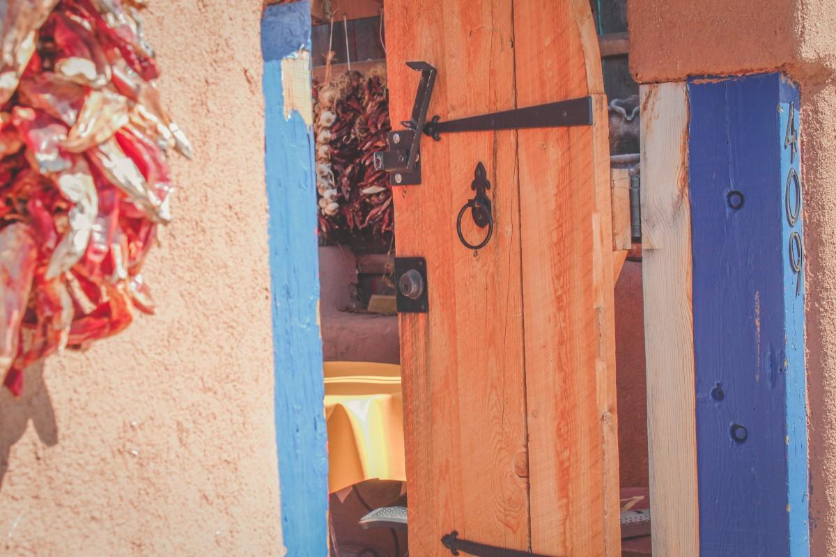 entrance to Casa Chimayo