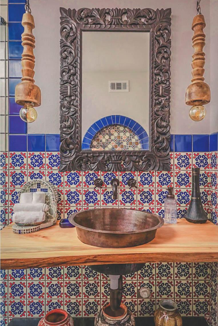 Airbnbs in Austin: Bathroom Of Casa Cartel