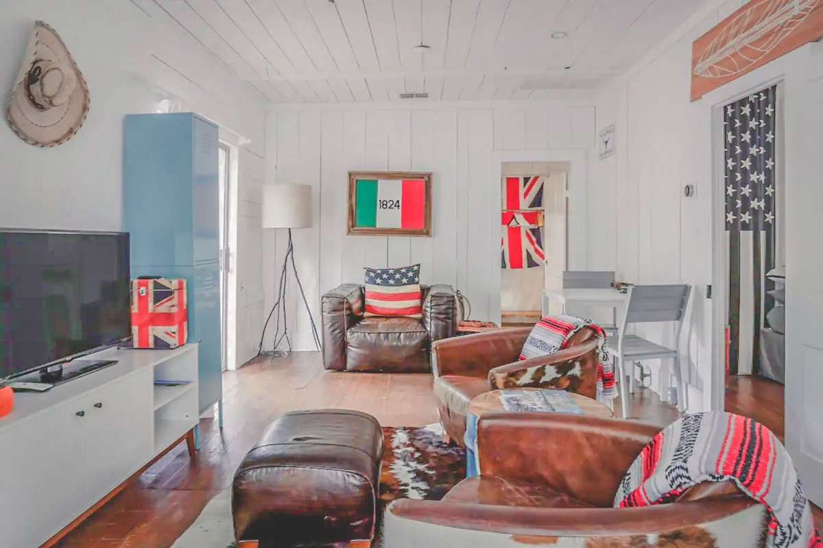 Airbnbs in Austin: Flag decorated South Congress Guesthouse