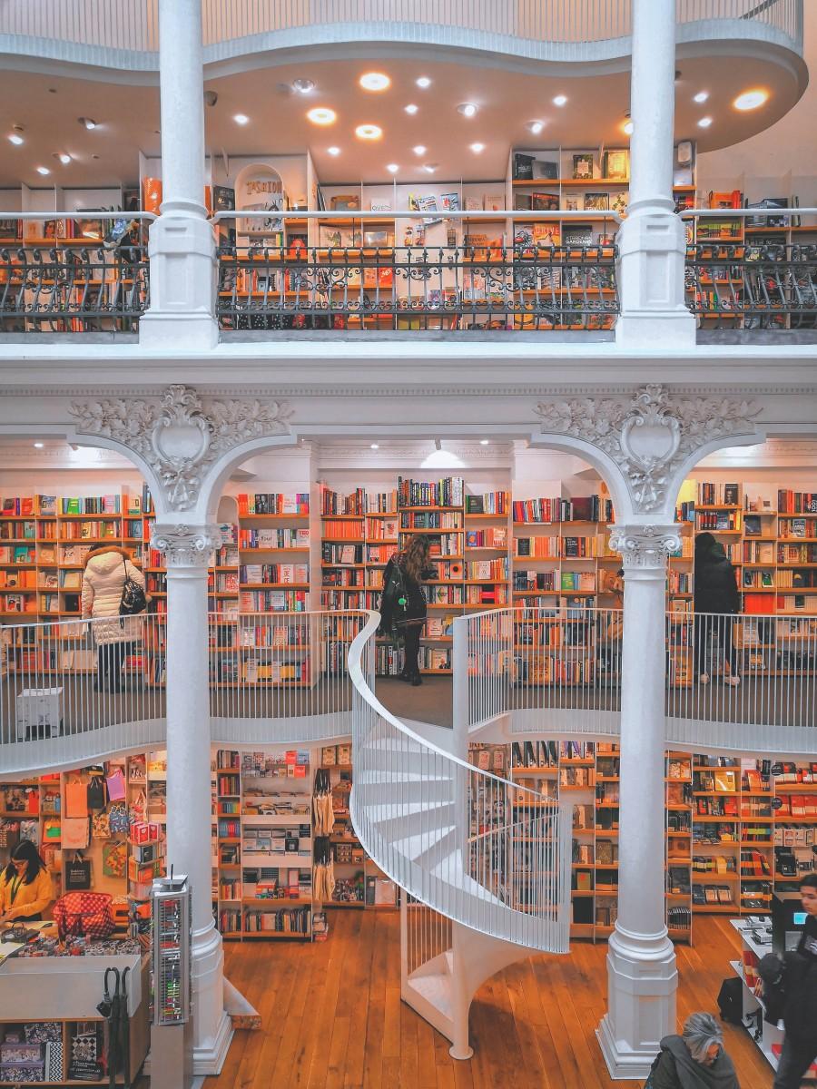 best bookstores in the world : Carturesti Carusel Romania