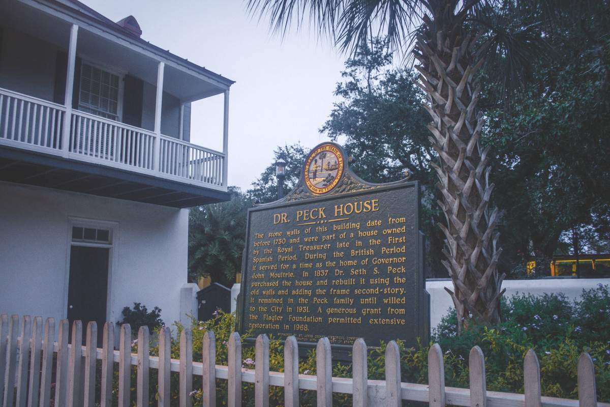 Pena Peck House sign